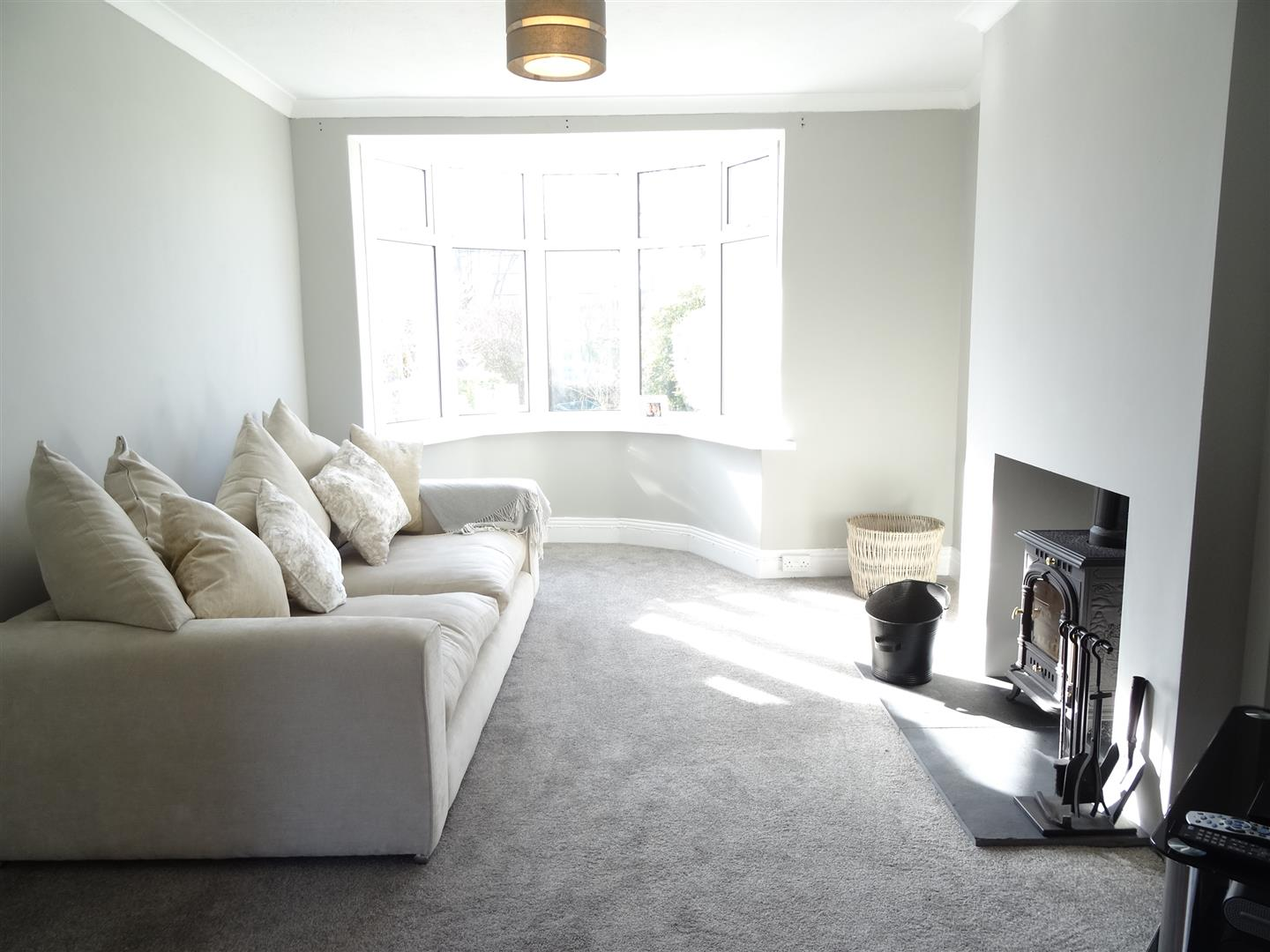 2 Bedrooms House - Semi-Detached For Sale Sunny Croft, 3 Rectory Road Brampton