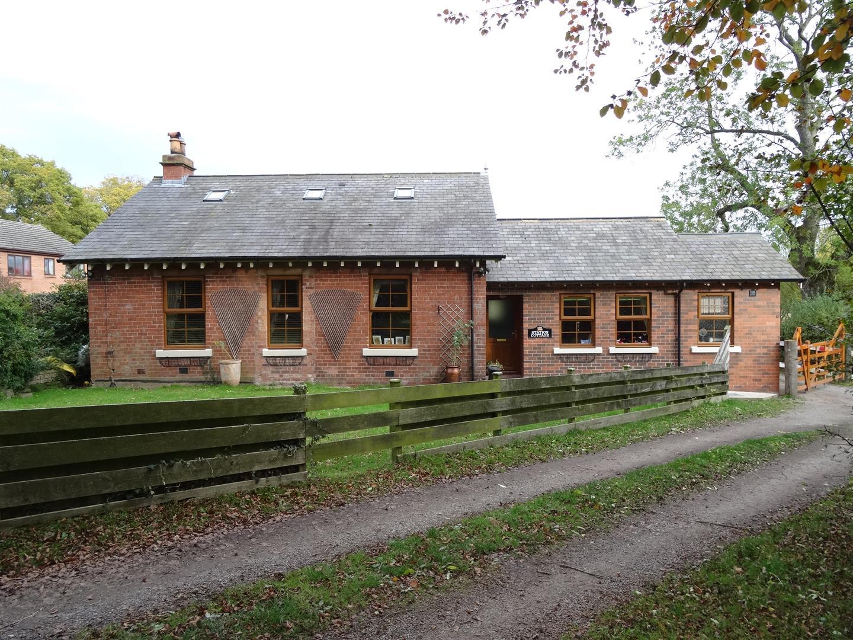 Station Cottage St. Lawrence Place Carlisle 4 Bedrooms Cottage - Detached For Sale