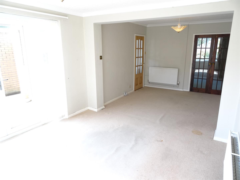 3 Bedrooms House - Semi-Detached For Sale 17 Shap Grove Carlisle