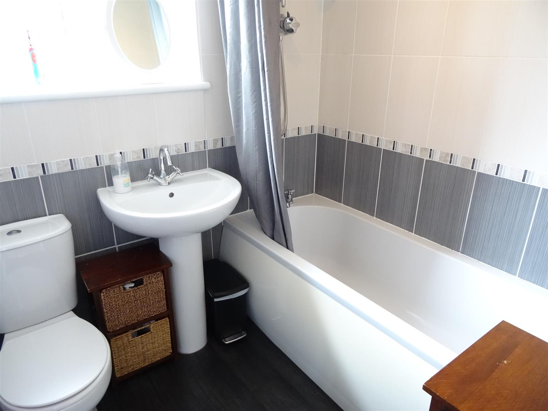 2 Bedrooms House - Semi-Detached For Sale 24 Dene Crescent Carlisle