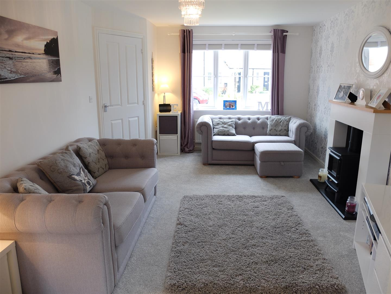 4 Bedrooms House - Detached For Sale 20 Arnison Close Carlisle