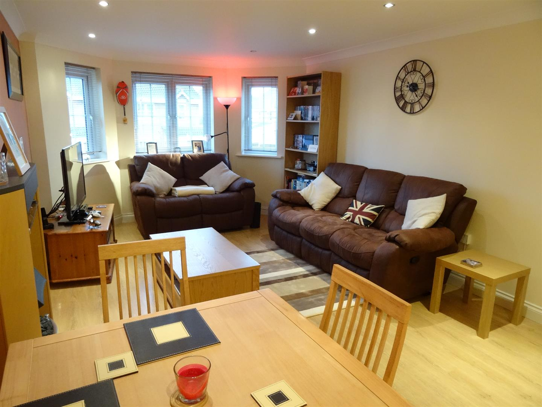 2 Bedrooms Flat For Sale 116 Watermans Walk Carlisle