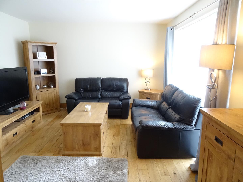 2 Bedrooms Flat For Sale 94 Hebden Avenue Carlisle