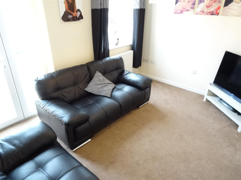 3 Bedrooms House - End Terrace For Sale 102 Glaramara Drive Carlisle