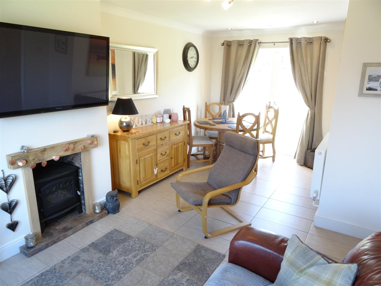 2 Bedrooms House - Semi-Detached For Sale 63 Mardale Road Carlisle