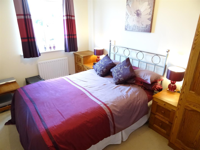 3 Bedrooms House - Semi-Detached For Sale 9 Parham Drive Carlisle