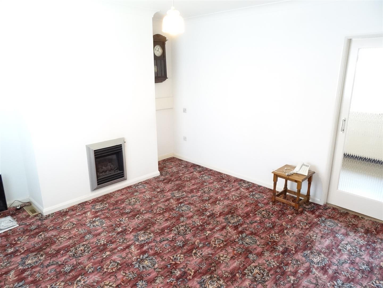 3 Bedrooms House - Semi-Detached For Sale 3 Balfour Road Carlisle