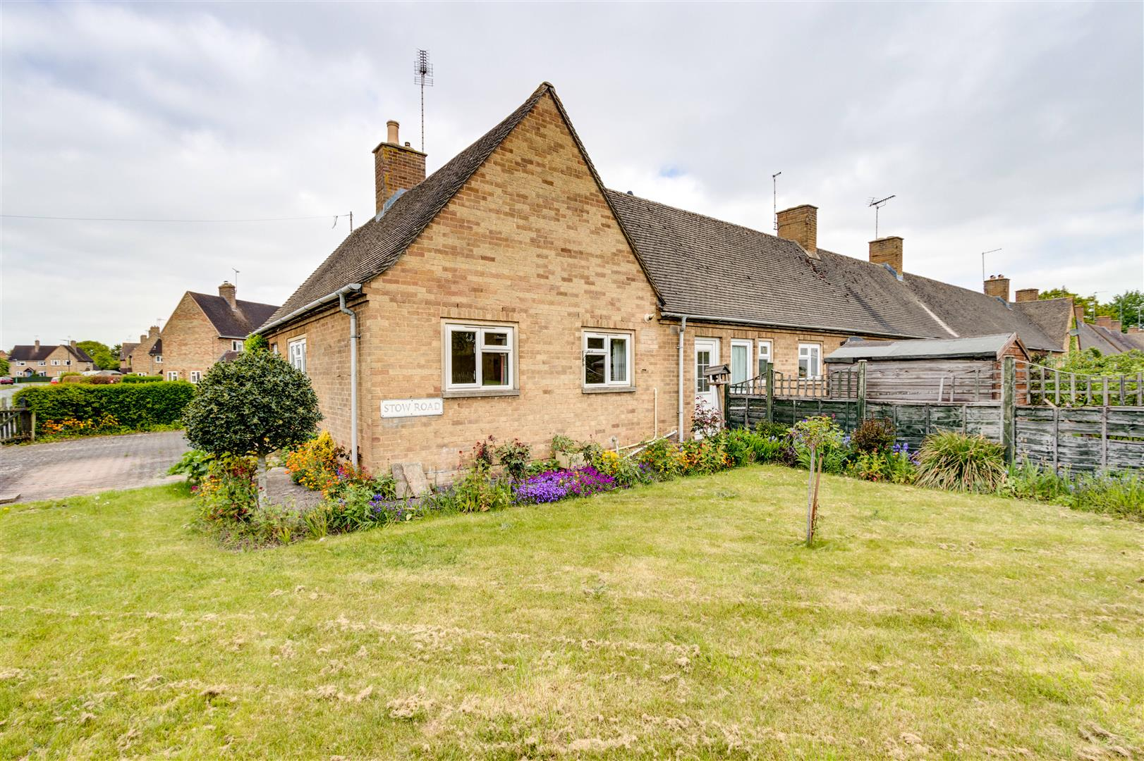 Property Details Stow Road Moreton In Marsh