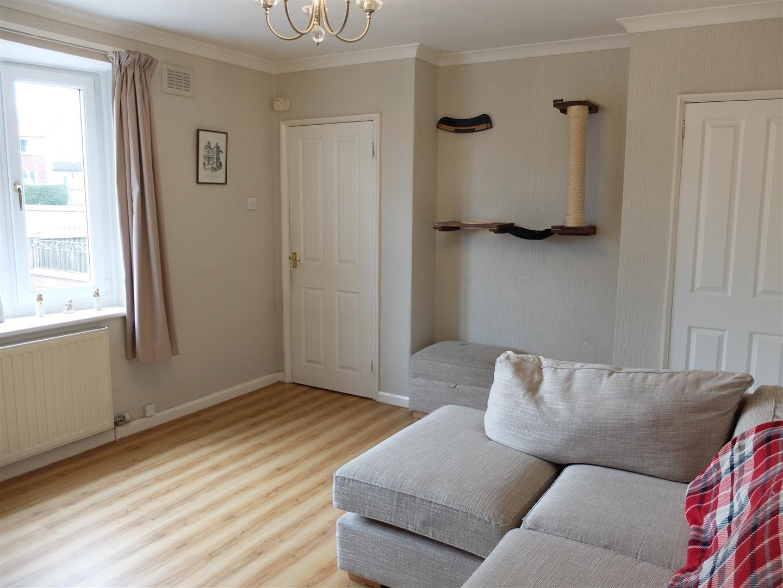 4 Bedrooms House - Semi-Detached On Sale 6 Lediard Avenue Carlisle