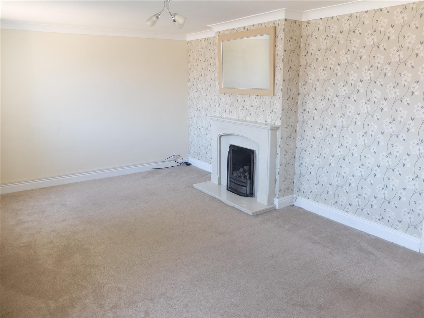 2 Bedrooms House - Semi-Detached For Sale 1 Glendale Rise Carlisle