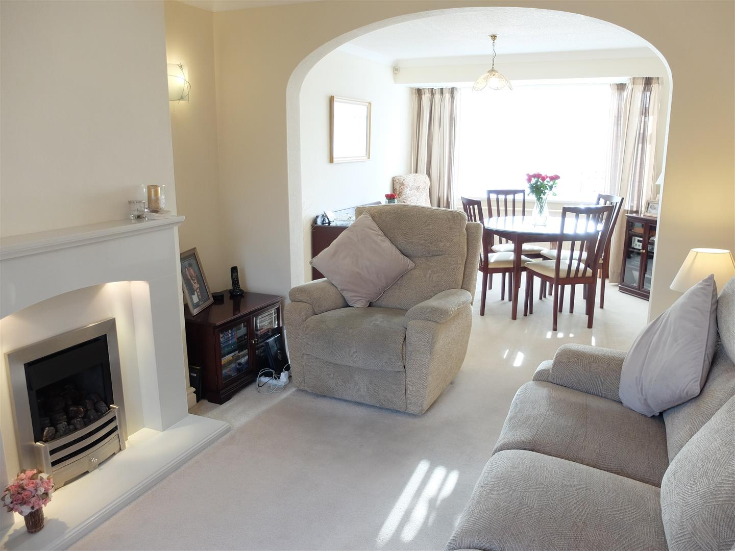 4 Bedrooms House - Semi-Detached For Sale 21 Beaumont Road Carlisle