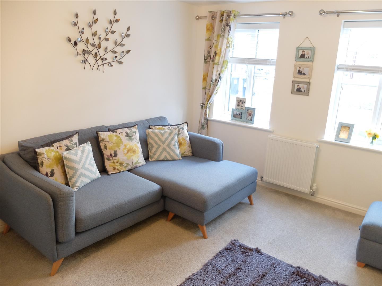 4 Bedrooms House - Detached For Sale 72 Glaramara Drive Carlisle 225,000