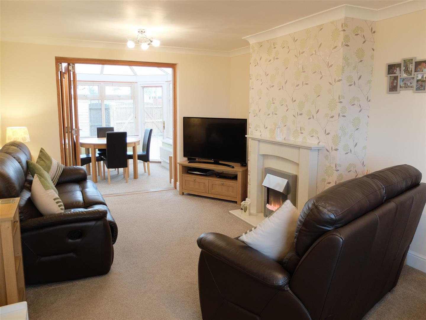 2 Bedrooms House - Mid Terrace For Sale 16 Troutbeck Drive Carlisle