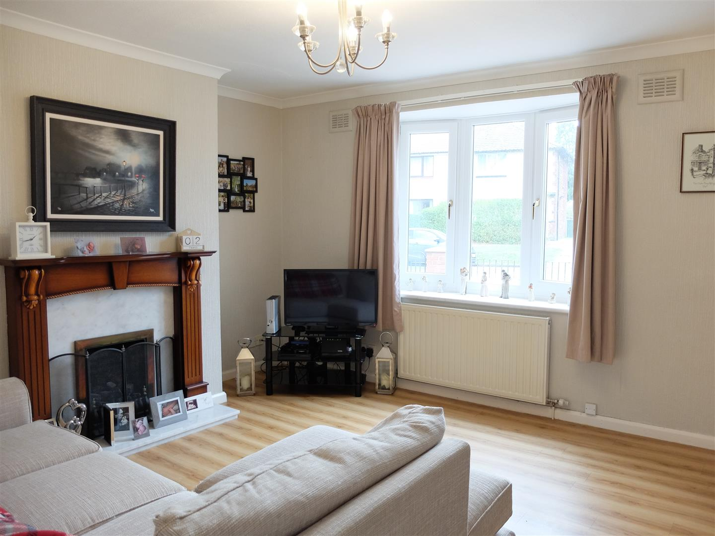 4 Bedrooms House - Semi-Detached For Sale 6 Lediard Avenue Carlisle