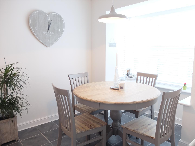 35 Fenwick Drive Carlisle 4 Bedrooms House - Townhouse On Sale