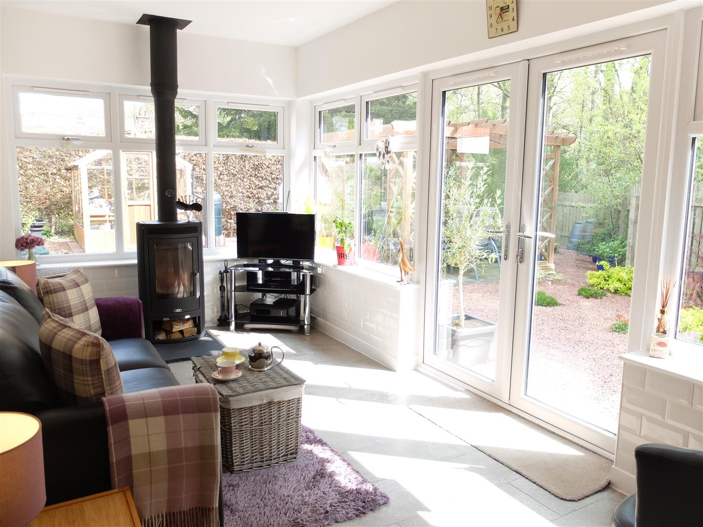 3 Bedrooms House - Detached For Sale 3 Maple Gardens Carlisle