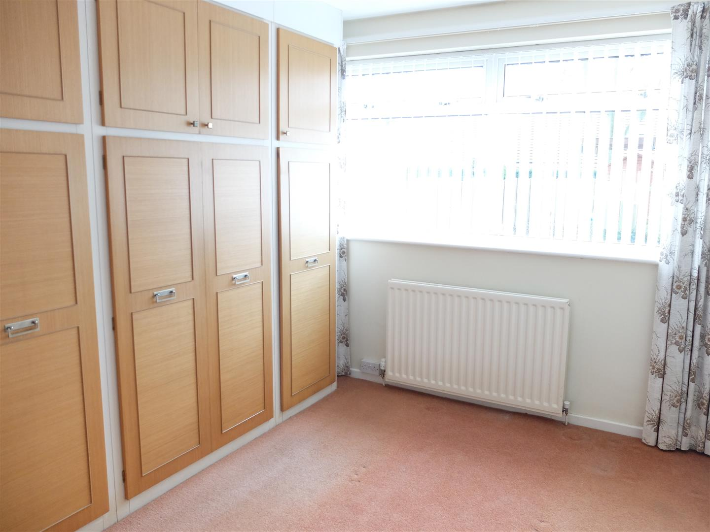 2 Bedrooms Bungalow - Semi Detached For Sale 2 Farbrow Road Carlisle 150,000