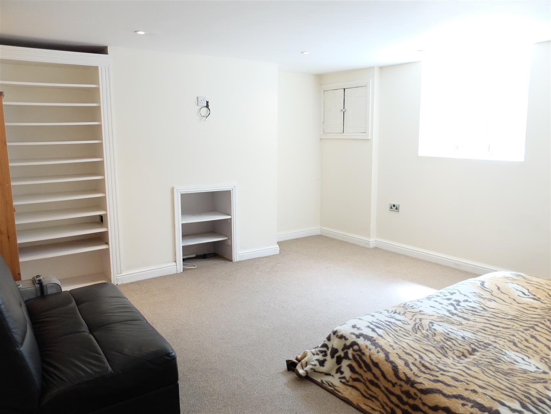 40 Victoria Place Carlisle Home On Sale 219,995