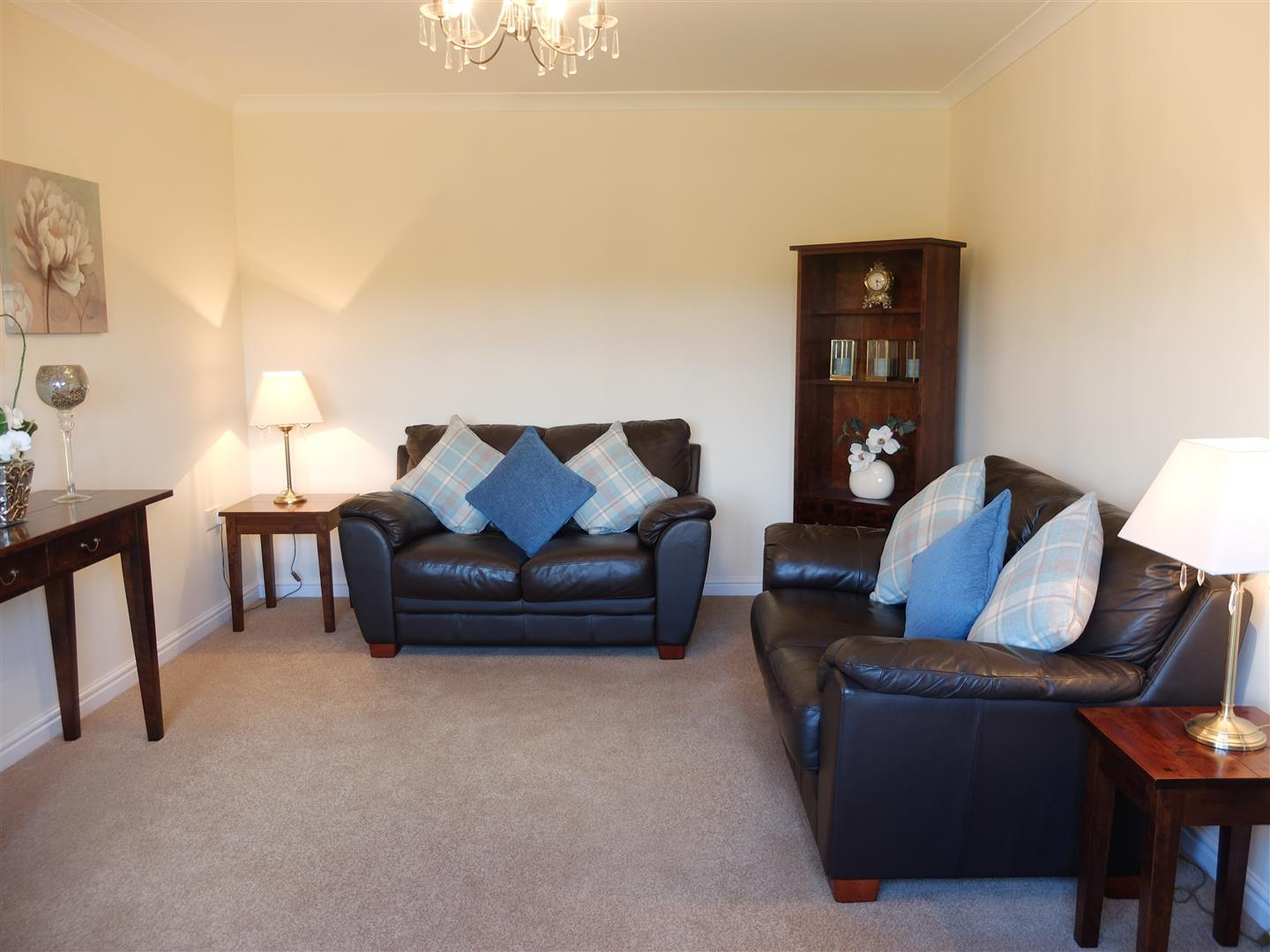 5 Bedrooms House - Detached For Sale 4 Admiral Way Carlisle