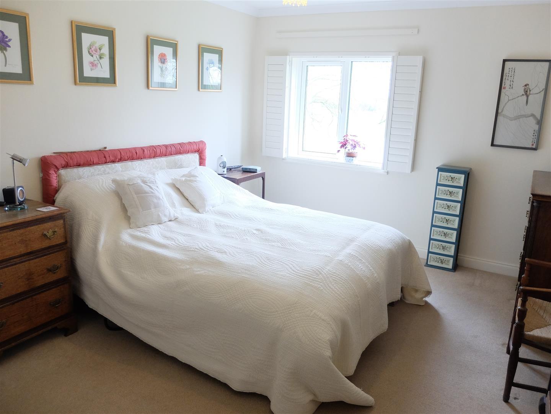 4 Bedrooms Bungalow - Detached On Sale The Limes Arthuret Road Carlisle 230,000