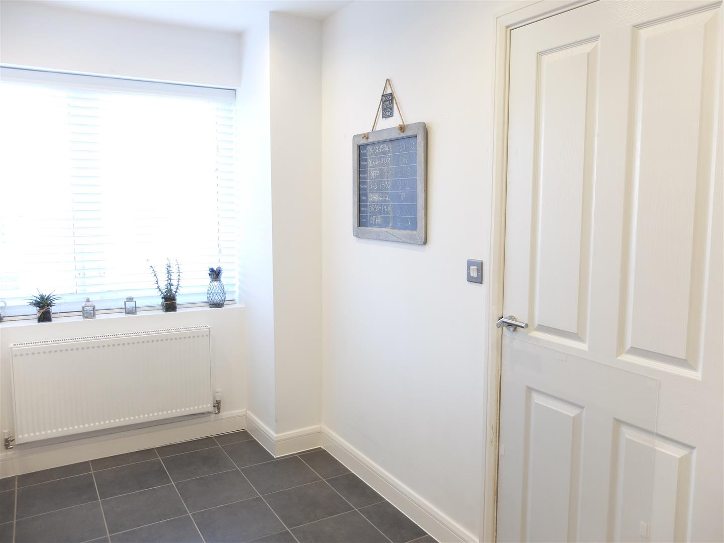 2 Bedrooms House - Semi-Detached On Sale 58 Thomlinson Avenue Carlisle