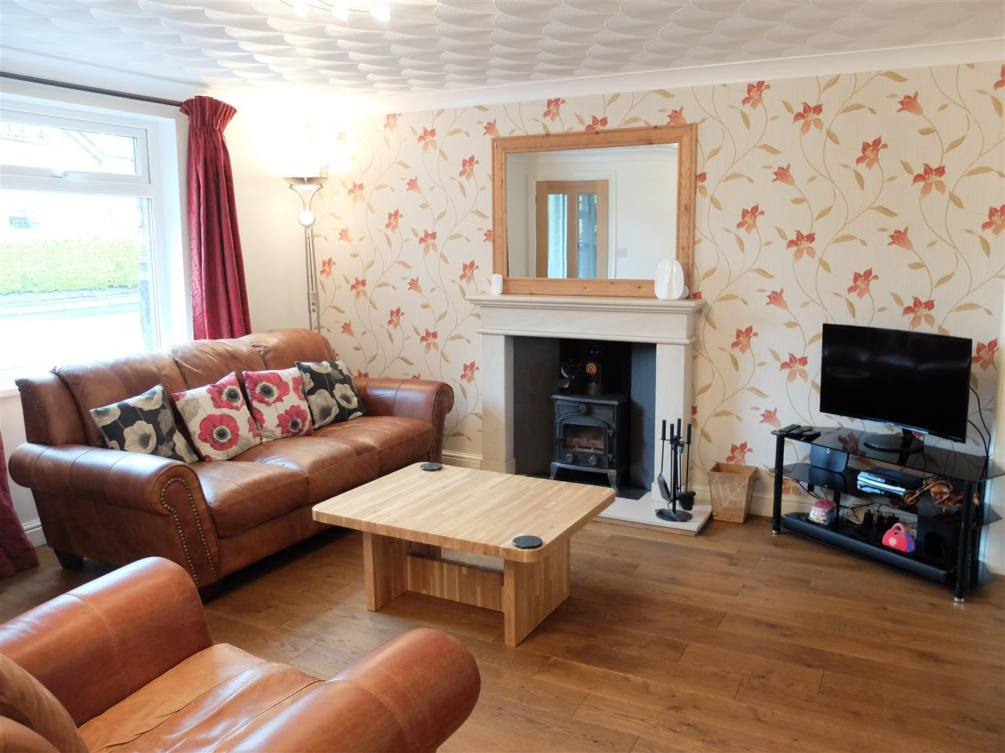 4 Bedrooms House - Detached For Sale
