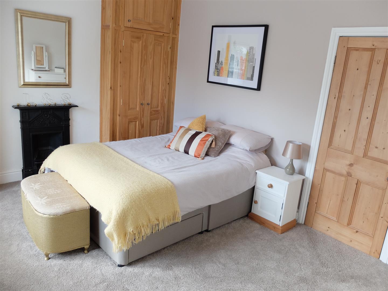 3 Bedrooms House - Mid Terrace On Sale 116 Newtown Road Carlisle 140,000