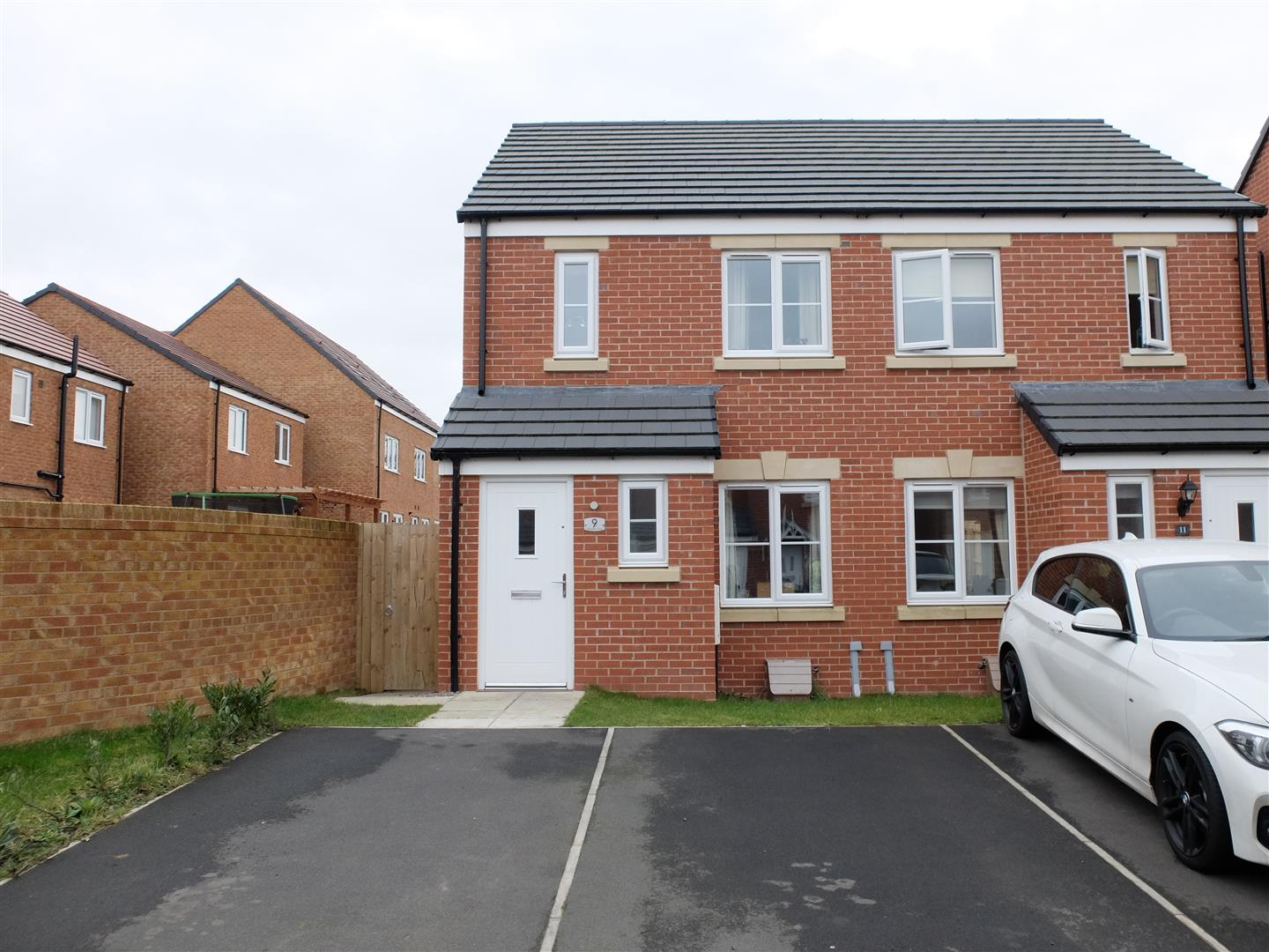 9 Fellbarrow Close Carlisle 2 Bedrooms House - Semi-Detached For Sale
