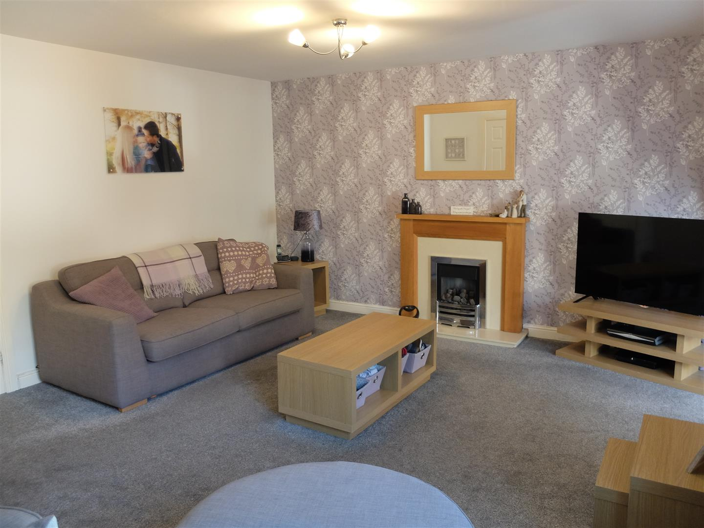 9 Heathfield Close Carlisle 3 Bedrooms House - Semi-Detached For Sale 145,000