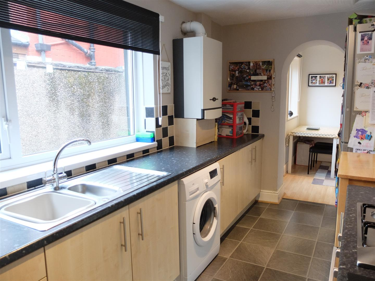 2 Bedrooms House - Mid Terrace For Sale 6 Clementina Terrace Carlisle 80,000