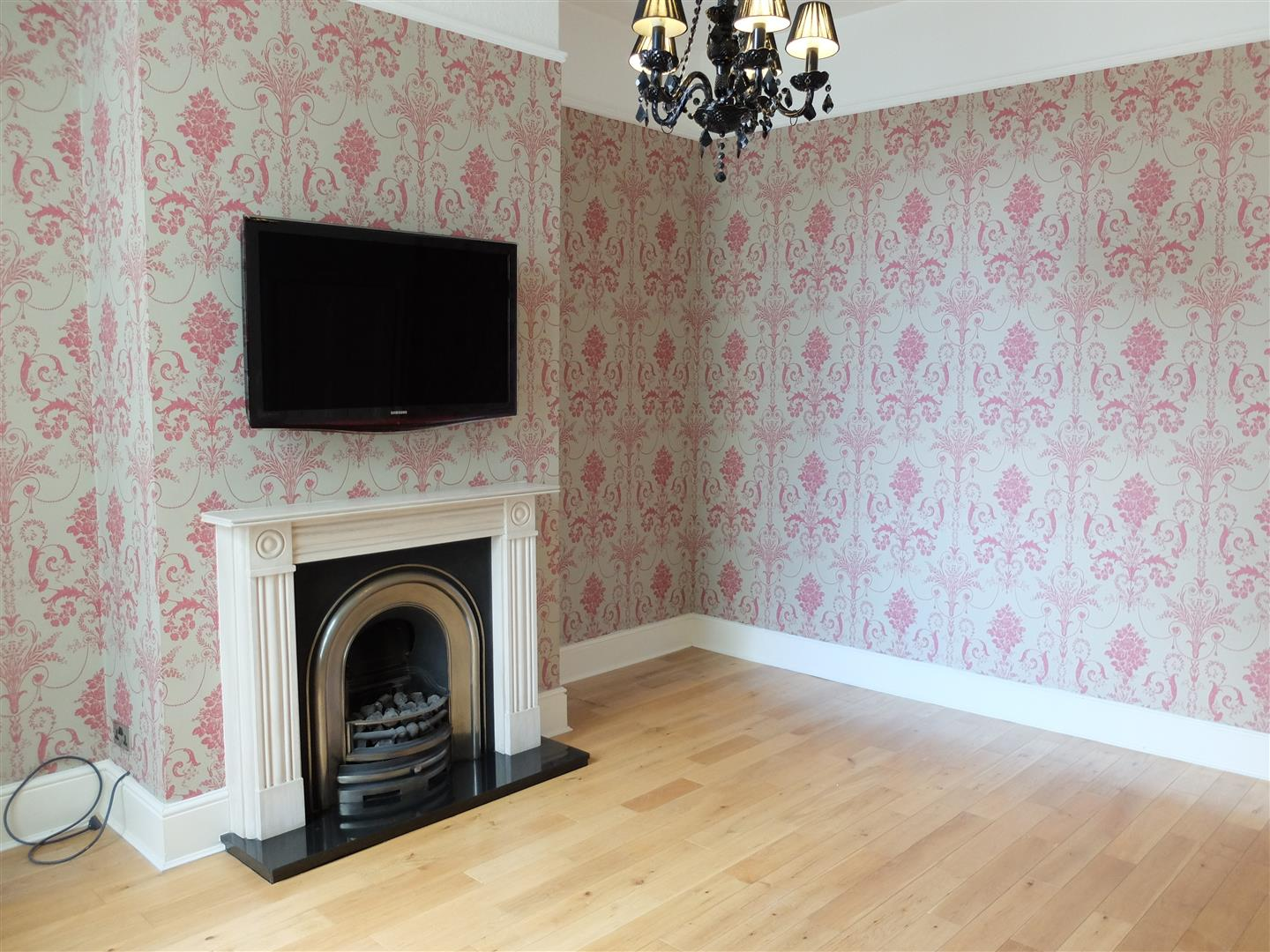 40 Victoria Place Carlisle 5 Bedrooms House - Terraced For Sale 219,995