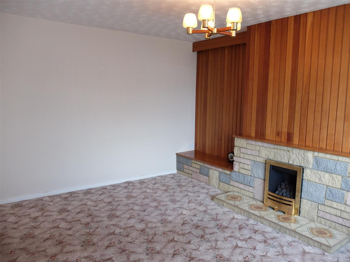 2 Bedrooms Bungalow - Semi Detached On Sale 2 Farbrow Road Carlisle