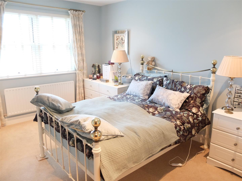 Home For Sale 4 Ridge View Brampton 142,500