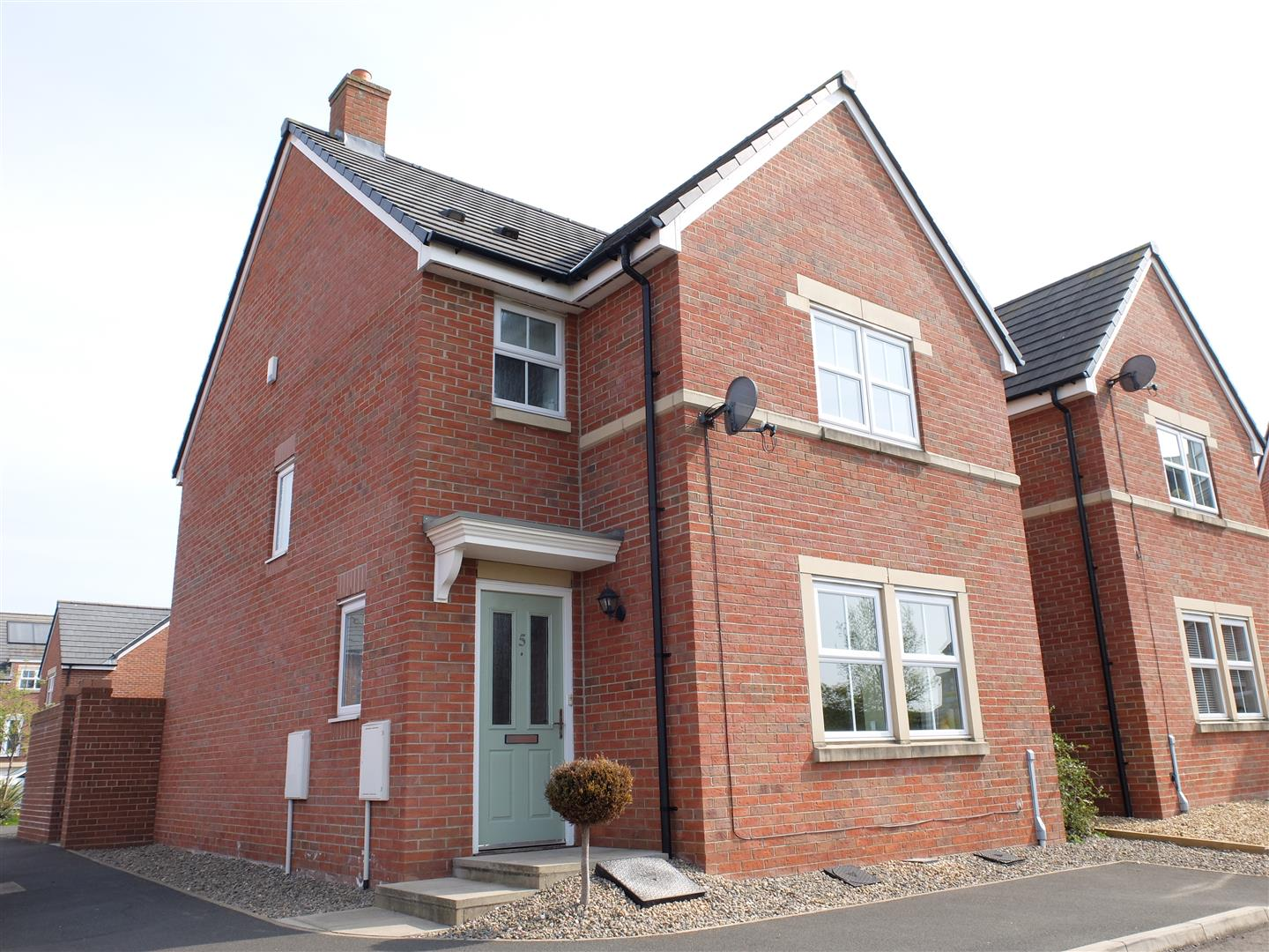 5 Farneside Close Carlisle 3 Bedrooms House - Detached For Sale