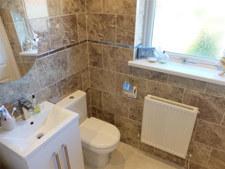 2 Bedrooms House - Semi-Detached On Sale 26 Troutbeck Drive Carlisle 125,000