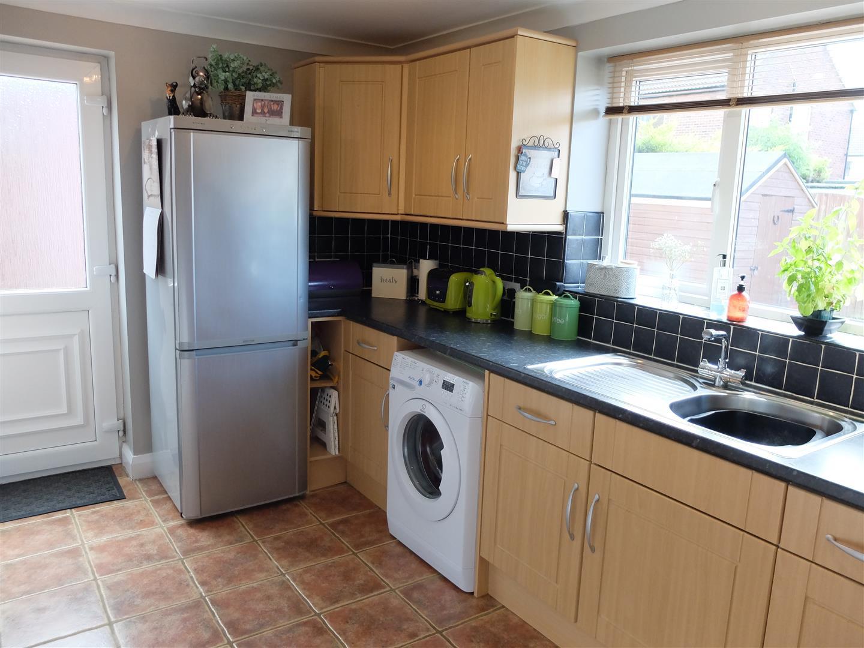 53 Eden Park Crescent Carlisle 3 Bedrooms House - Semi-Detached For Sale 140,000