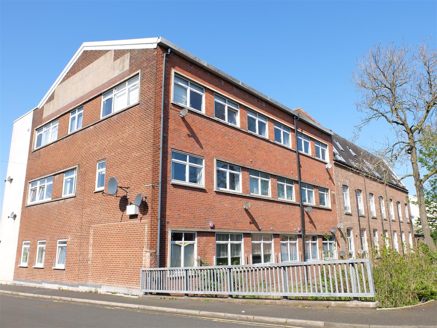 Flat 16 Willowbank Carlisle For Sale