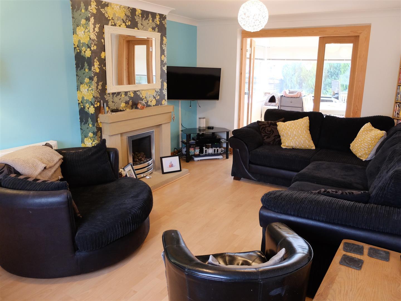 2 Bedrooms House - Semi-Detached For Sale 29 Newlaithes Avenue Carlisle