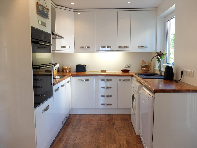 42 Greengarth Carlisle 3 Bedrooms House - Semi-Detached For Sale