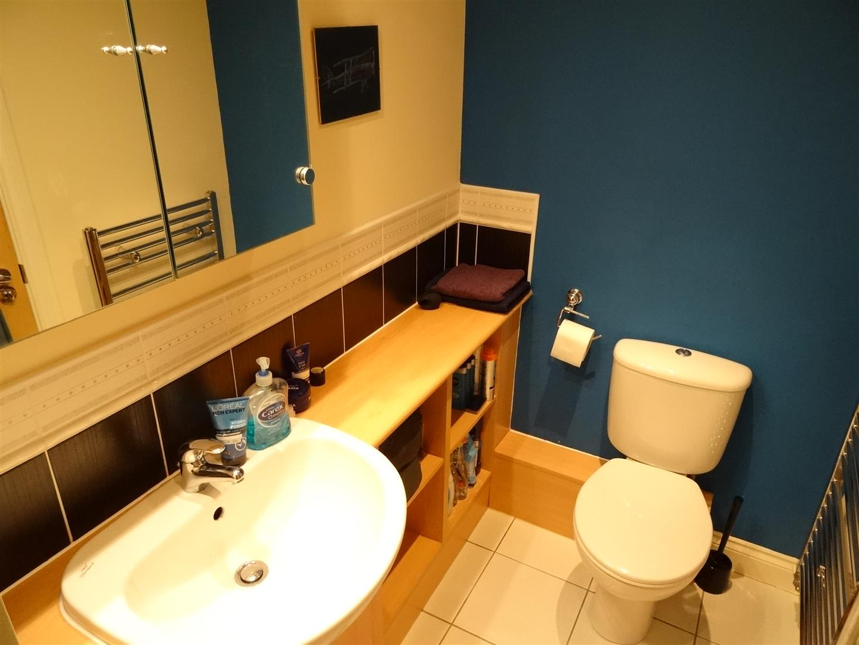 116 Watermans Walk Carlisle 2 Bedrooms Flat For Sale 80,000
