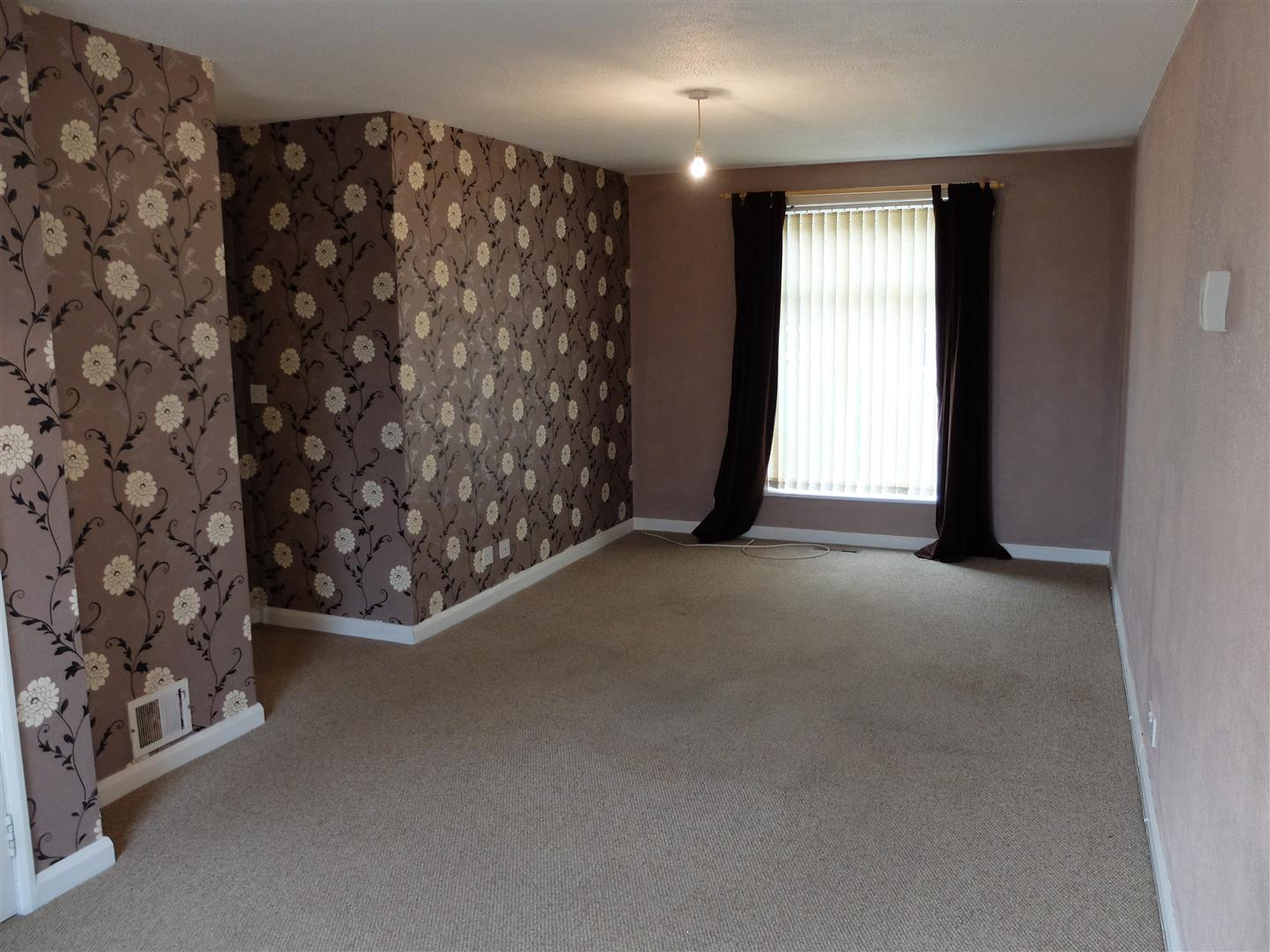 2 Bedrooms House - Terraced For Sale 74 Lochinvar Close Carlisle