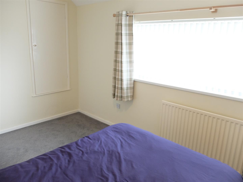 2 Bedrooms House - Semi-Detached On Sale 24 Pennine Way Carlisle 100,000