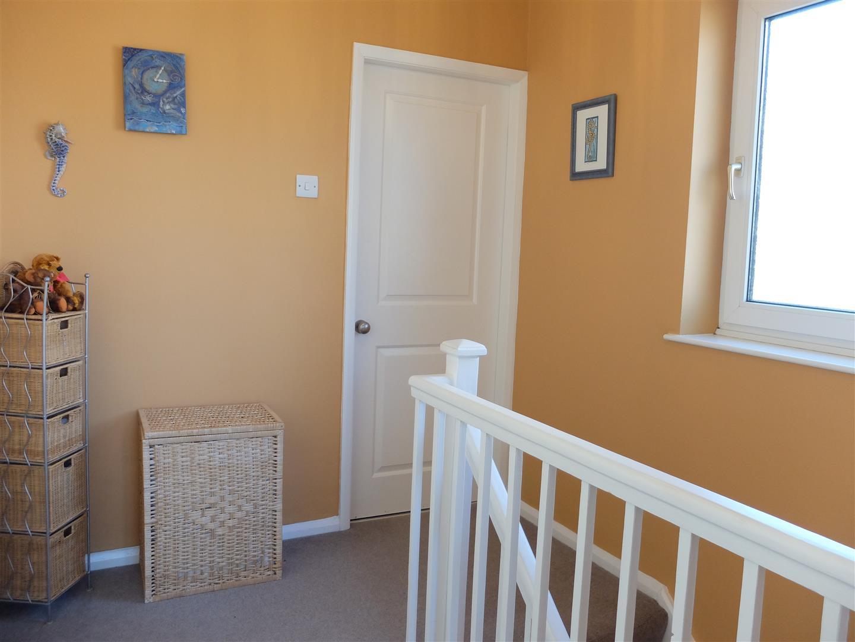 3 Bedrooms House - Semi-Detached For Sale 42 Greengarth Carlisle 130,000
