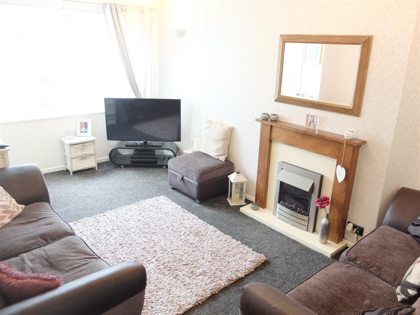 2 Bedrooms House - Semi-Detached For Sale 194 Yewdale Road Carlisle