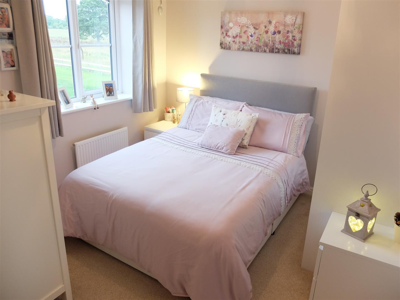 26 Arnison Close Carlisle 3 Bedrooms House - Semi-Detached For Sale 150,000