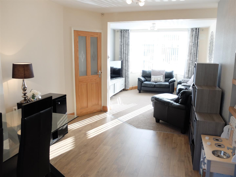 3 Bedrooms House - Semi-Detached For Sale 87 Currock Park Avenue Carlisle 130,000