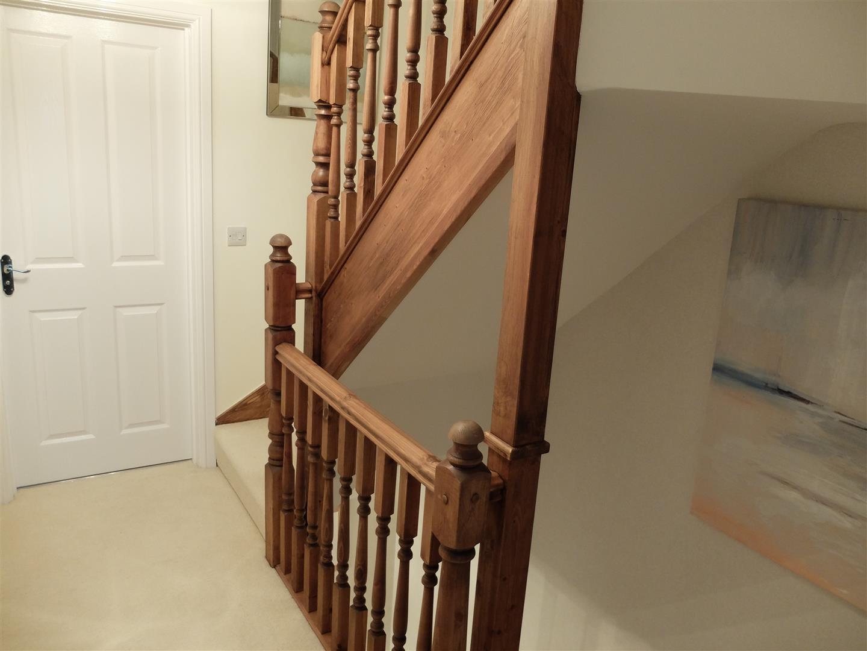 4 Bedrooms House - Semi-Detached For Sale 31 Bishops Way Carlisle 230,000