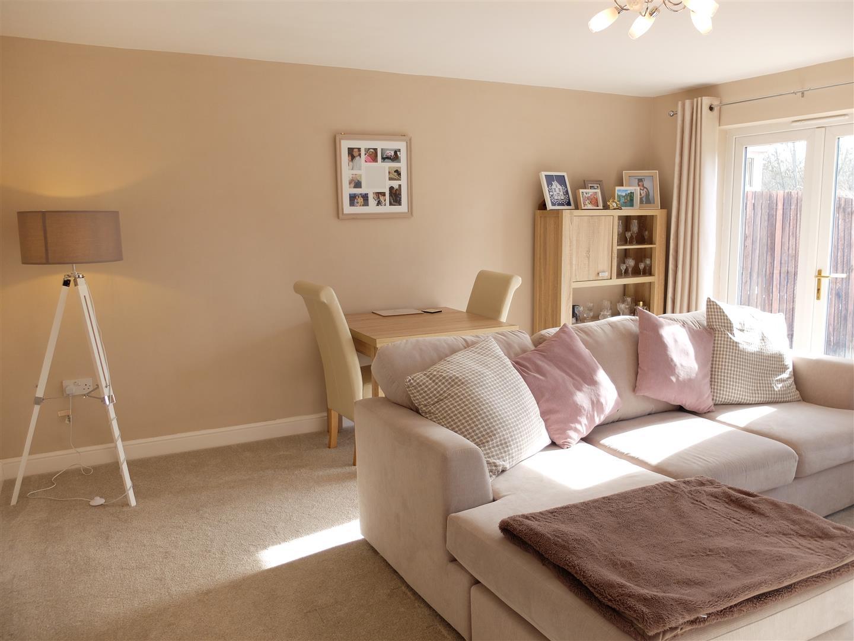 6 Heathfield Close Carlisle 3 Bedrooms House - Semi-Detached For Sale 140,000