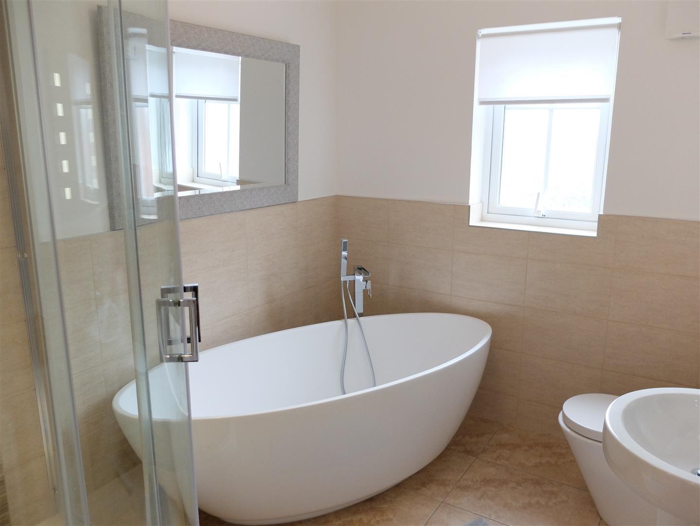 4 Bedrooms House - Detached For Sale 7 Parkland Avenue Carlisle