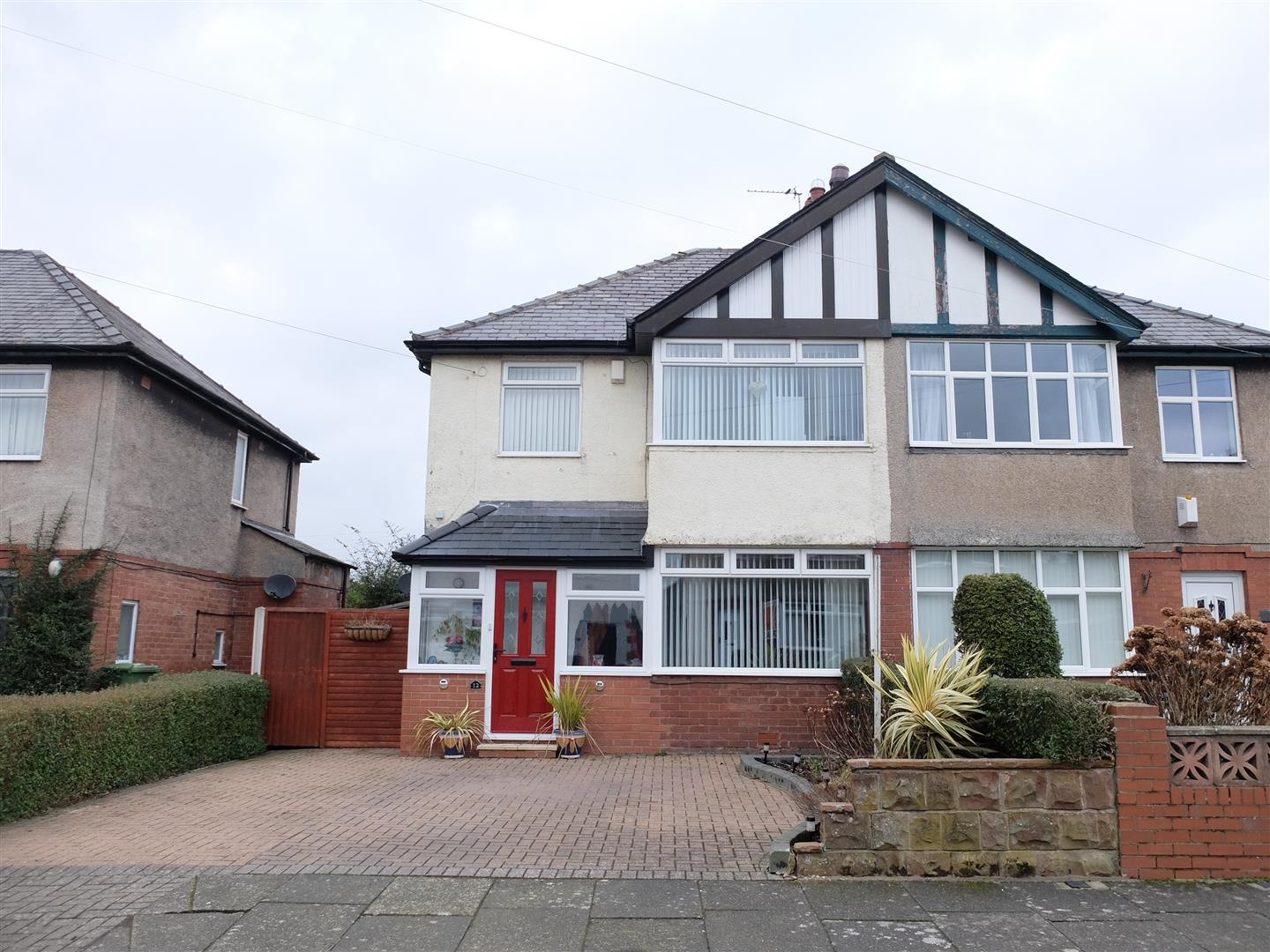 12 Newlands Road Carlisle 3 Bedrooms House - Semi-Detached For Sale